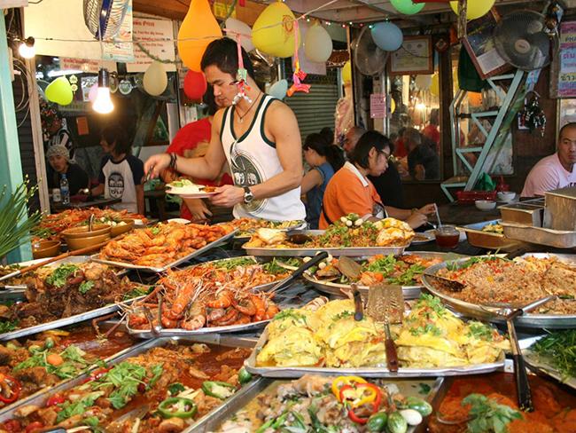 Ngày thứ nhất tại Pattaya